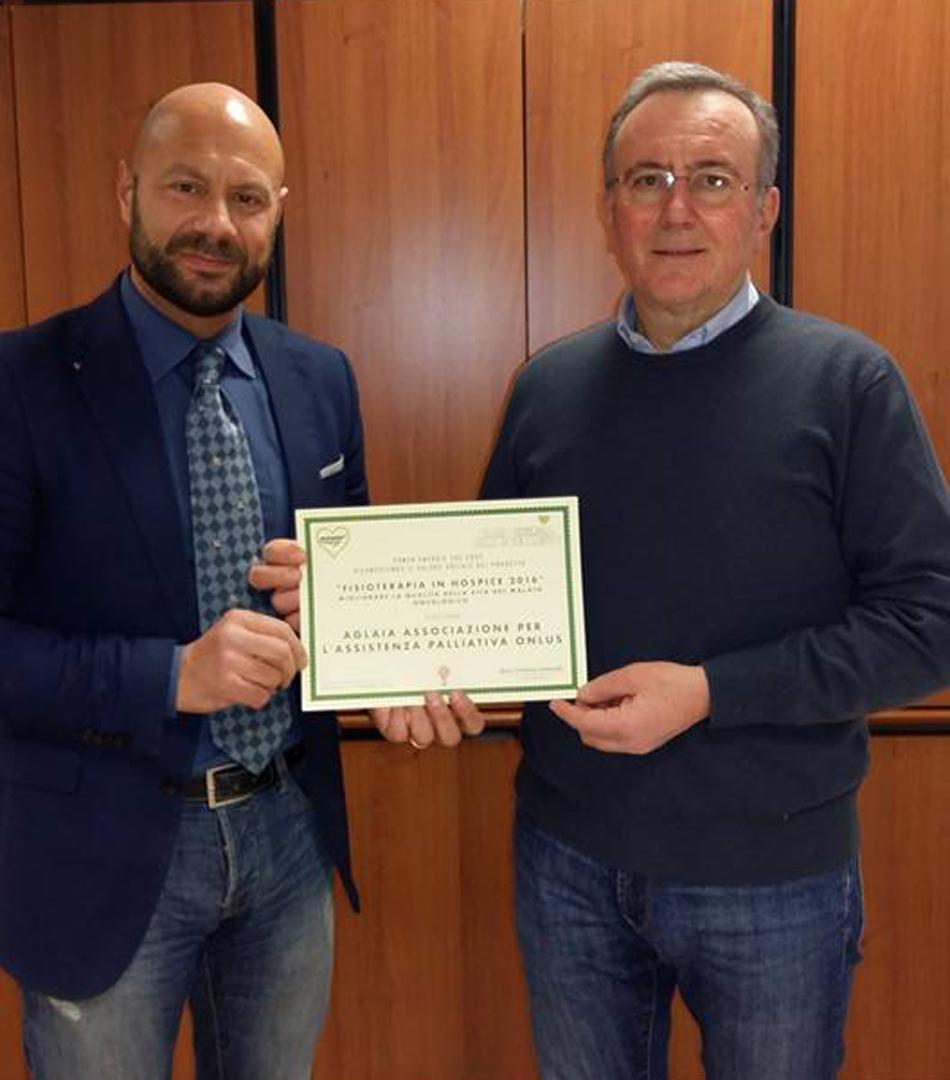 Attestato al Dr. Massimo Recchi da parte di Power Energia nella persona di Lorenzo Mariani
