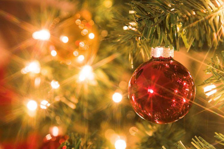 L'elettricità scintillante del Natale